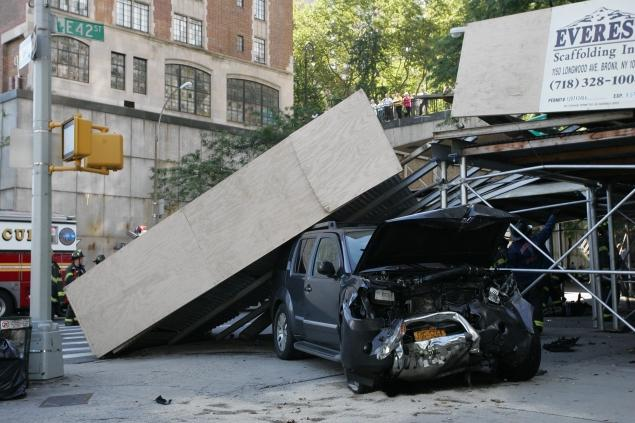 scaffolding on car after new york construction accident